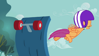Scootaloo getting launched up from her scooter S3E06