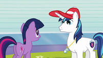Shining Armor talking with Twilight S3E12