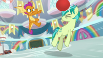 Smolder bounces ball off Sandbar's head S8E2