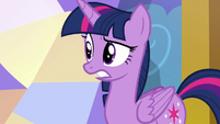 Twilight Sparkle looking disturbed S7E24