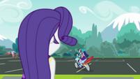 Twilight and Rainbow Dash ride away EGDS40
