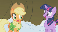 Applejack relents S1E11