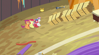 CMC and Biscuit's hiding spot exposed S9E22