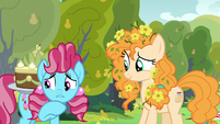 "Chiffon Swirl ""seen it with my own eyes"" S7E13"