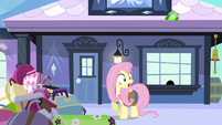 Fluttershy almost late S3E11