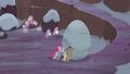 Pie family trying to push Holder's Boulder S5E20.png