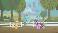 Rainbow Dash -show 'em my stuff- S1E03