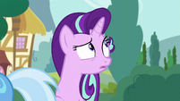 Starlight Glimmer looking behind her S6E6