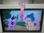 Pinkie popping out from your monitor