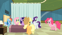 Others staring at Pinkie Pie S2E16