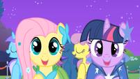 "Fluttershy and Twilight ""meet new friends"" S01E26"