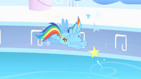 Rainbow Dash crashes head-on into wall S1E16