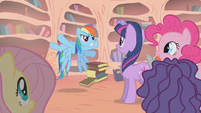 Rainbow Dash suggests confronting Zecora S1E09