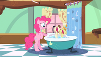 Pinkie Pie things getting bad S2E13