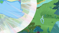 Filly Rainbow flying towards the cloud ring S1E23