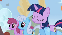 Rainbow Dash is cracking up S1E13