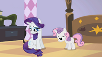 Rarity and Sweetie Belle are sad S2E05