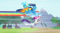 Rainbow flies parallel to ground S1E16