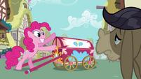 Pinkie Welcome Wagon S02E18