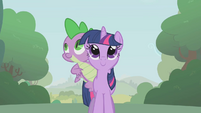 Twilight and Spike strolling S1E09