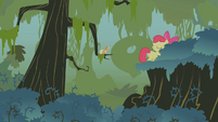 Apple Bloom walking off S1E09
