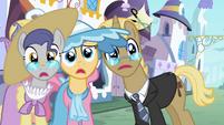 Trio shocked S02E09