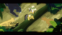 Daring Do surrounded by predators S2E16