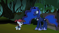 Pipsqueak talking to Luna S2E04