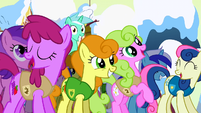 Ponies filled with joy S1E11