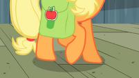 Applejack moving her hooves around S2E14