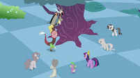 Main 5 and Spike confronting Discord S2E02