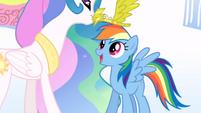 Celestia crowns Rainbow Dash S1E16