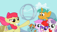 Apple Bloom performs a trick with the hoop S2E06