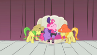 Pinkie Pie being lowered to the ground S1E21