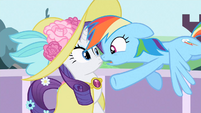 Rainbow Dash doing in that S2E9