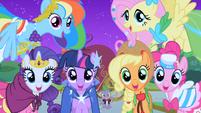 Main Cast at the Gala S01E26