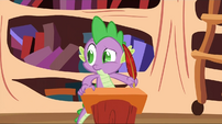 Spike looking to the side S2E3