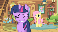 Twilight Covering up S1E22