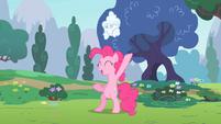 Pinkie Pie juggling cloud S2E13