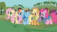 The ponies await the mayor's words S1E11