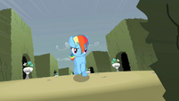 Rainbow Dash running S2E01