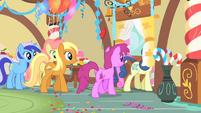 Ponies leaving S01E22