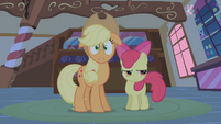 Scared Applejack S01E09