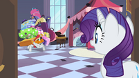 Bellhop asking Rarity where he should put her luggage S2E9