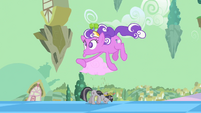 """""""Screwball"""" floats by grey Twilight on the street S2E02"""