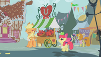 The apple stall S1E12