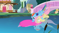 Zooming with Fluttershy S02E10
