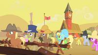 Appleloosa ponies watching buffalo gather S1E21