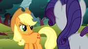 Applejack looks at Rarity with anger S1E08