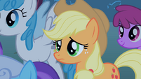 Applejack watches the CMC embarrassed S1E18